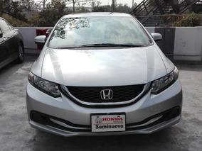 Honda Civic 1.8 Ex Sedan L4 . At