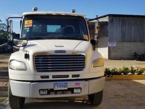 Vendo Camion Frieghtliner 2006 Tel: 809-224-3696