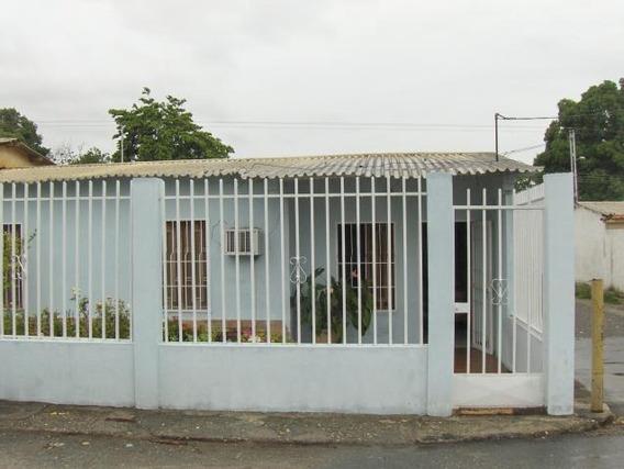 Casa En Venta San Felipe 19-696 Rb