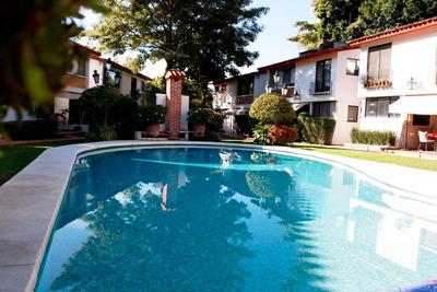 Casa Amueblada ,amplio Jardin Con Alberca, Doble Vigilancia