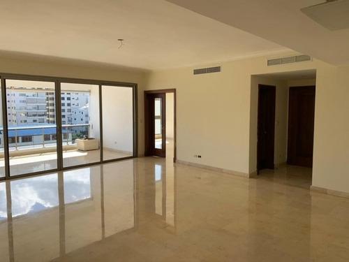 Vendo Amplio Apartamento En El Mismo Centro De Piantini - Pma-014-04-21