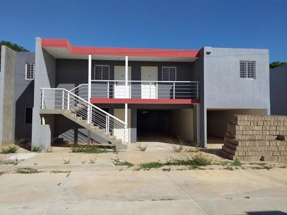 Apartamento En Venta Centro De Coro Cod-20-3123 04145725250