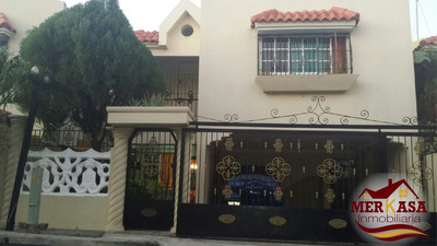 Hermosa Casa De 2 Niveles En Lomisa