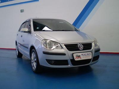 Volkswagen Polo Sedan 1.6 Vht Total Flex 4p Mauro Automóveis