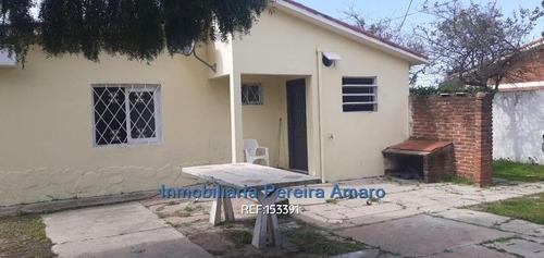 Venta Dos Casas 6 Dormitorios Lagomar