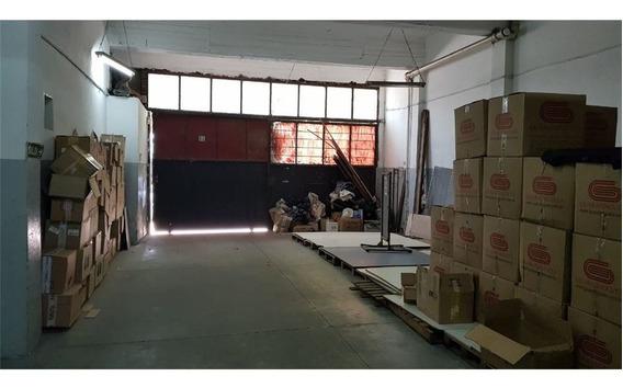 Alquiler De Galpón En Caseros Centro