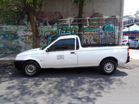 Ford Courier 2 Puertas Blanco