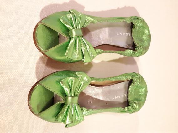 Zapato Sarkany 37 Cuero Verde Metalizado Taco Bajo Comodo Of