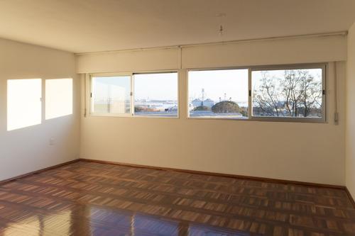 Imagen 1 de 12 de Dueño Vende. Apto 3 Dormitorios, Recién Reciclado.