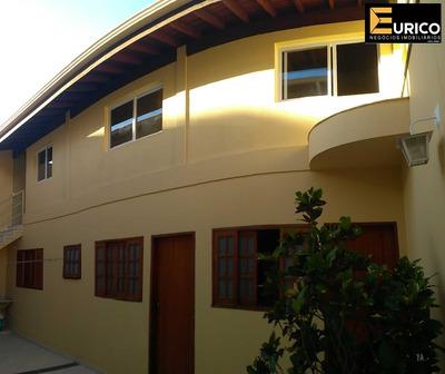 Casa De Fundo Na Vila João Xxiii Em Vinhedo/sp - Ca01602 - 34092998