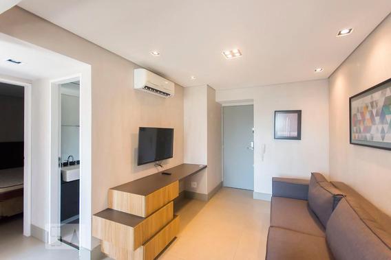 Apartamento No 11º Andar Mobiliado Com 2 Dormitórios E 1 Garagem - Id: 892972643 - 272643