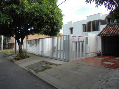 Apartamento En Arriendo San Carlos 793-181