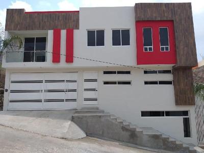 Casa Sola En Venta En Morelia, Defensores De Puebla
