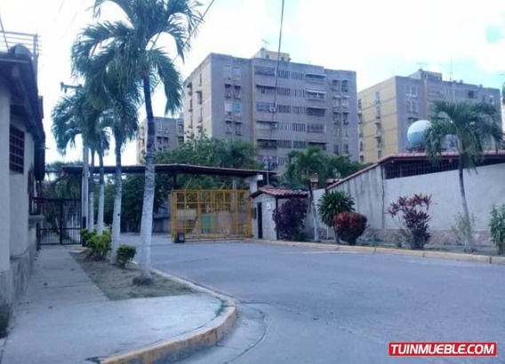 Casas En Venta La Floresta De Turmero 04249155109