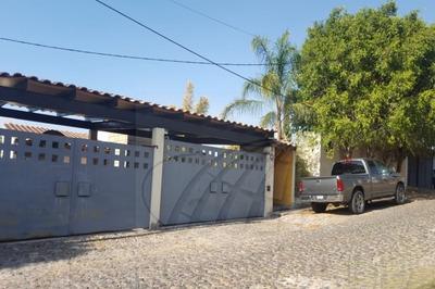 Casas En Venta En Colinas Del Bosque A Sección, Corregidora