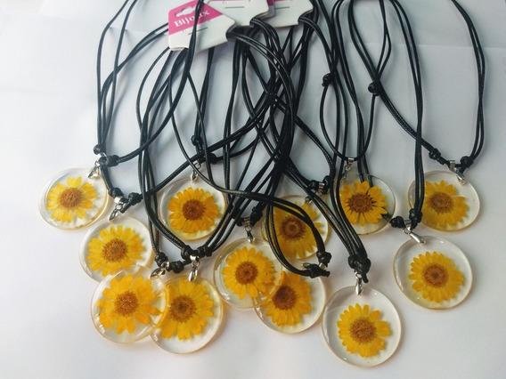 Colar De Flor Margarida Amarela Girassol Resina 12 Unid/ Resina Flores Natural Pingente