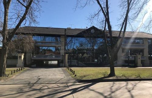 Oficina De 190 M2 En Edificio Corporativo En Corazón De Carrasco