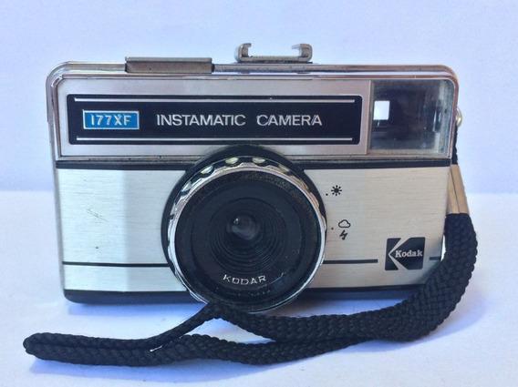 Antiga Câmera Fotográfica - Kodak Instamatic - 177xf