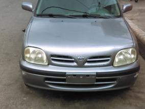 Vendo Nissan March Año 2000