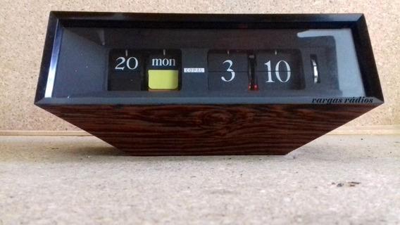 Relógio Calendário Flip Palhetas Vintage Decoração Anos 70
