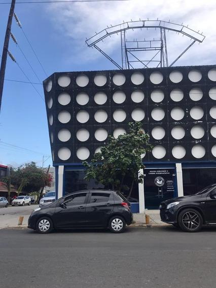 Local Comercial, Av. Venezuela