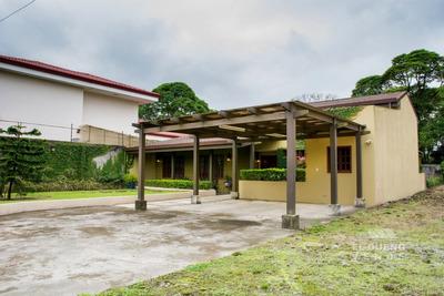 Casa De Ensueño 1 Planta, 3 Cuartos, Hermosos Jardines