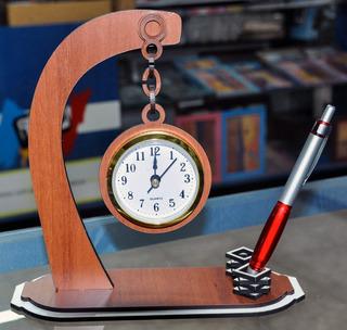 Reloj Con Porta Lapicera