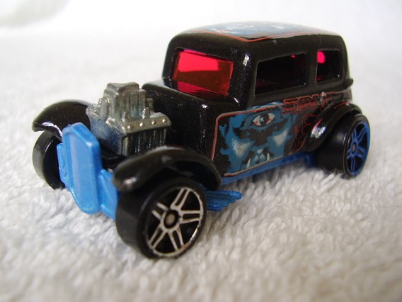 Carrinho Hot Wheels Modelo