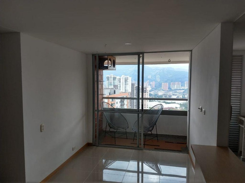 Imagen 1 de 13 de Apartamento Cerca A Suramerica, Itagui, De 69 Mts2