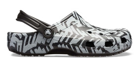 Zapato Crocs Caballero Classic Graphic Clog Ii Negro/blanco