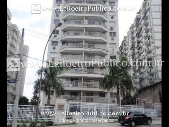Rio De Janeiro (rj): Apartamento Xqqxl