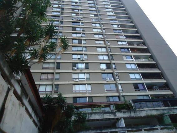 Apartamento En Prado Humboldt 20-4345 Yanet 0414-0195648