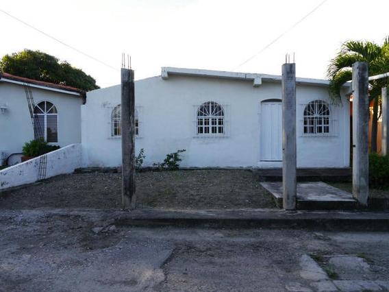 Casa En Venta El Recreo Cabudare Lara 20-95
