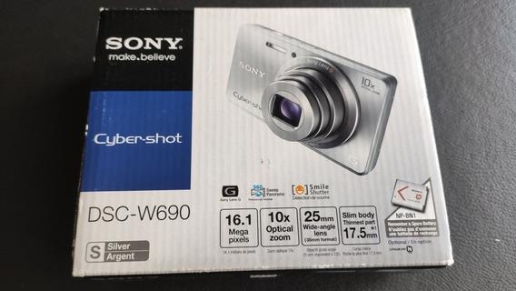 Camera Sony Cyber Shot Dsc-w690 16.1 Megapixels, Zoom Ótico