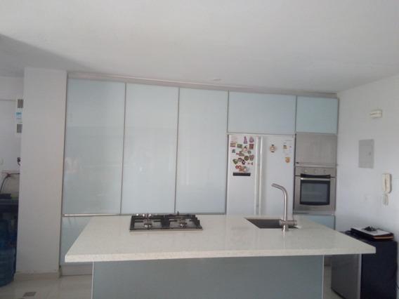 Apartamento En Venta En La Kerdell Valencia Cod 20-6901akm