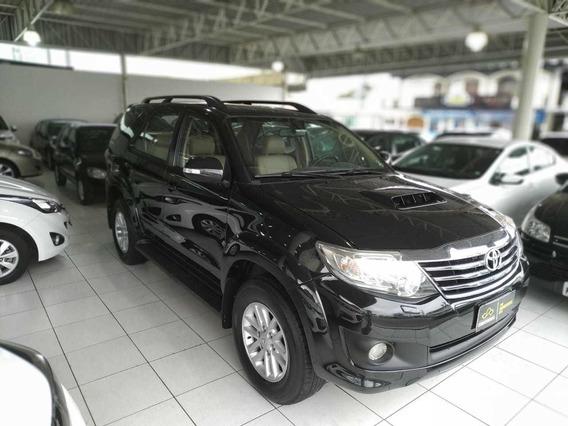 Toyota Hilux Sw4 7 Lugares Sr-v D4-d 3.0 4x4 Tdi Aut 2013