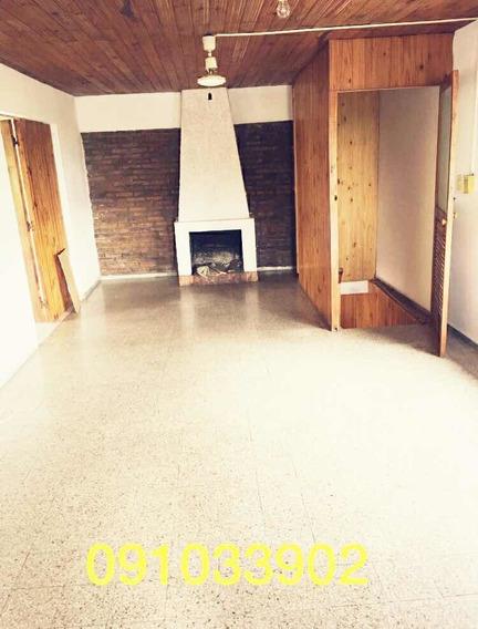 Apartamento Ph Un Dormitorio Y Medio, Canelones 1242 Bis