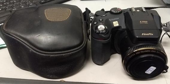 Máquina Fotográfica Finipix Mod.s7000 Com Defeito