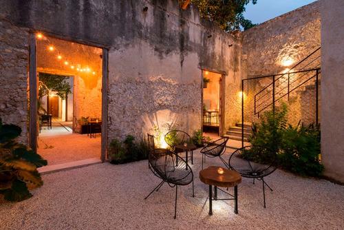 Imagen 1 de 14 de Casa Colonial Para Restaurante En El Centro Historico