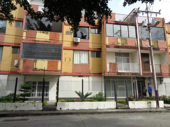 Apartamento En Venta En Araure Acarigua #20-2599