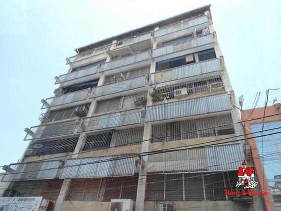 Apartamento En Venta Centro Maracay Dp 20-11497