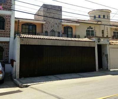 Casa En Renta De 5 Recs. Lomas Del Valle, Zapopan Jal.