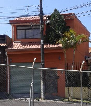 Casa En Coronado Con 5 Cuartos