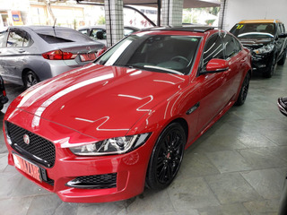 Jaguar Xe 2.0 16v Si4 Turbo Gasolina R-sport 4p Automático
