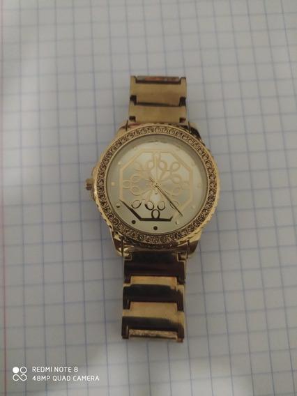 Reloj Para Dama, Metalico Color Dorado Marca Avon