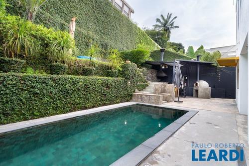 Imagem 1 de 15 de Casa Assobradada - Vila Madalena  - Sp - 638476
