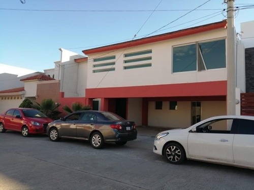 Casa Sola En Venta Fracc. Residencial Santa Teresa