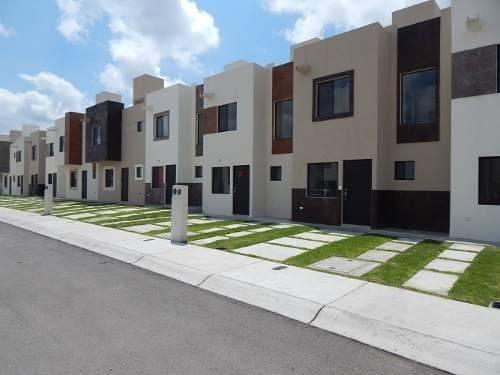 Casa En Venta - Rincones Del Marques - C1454