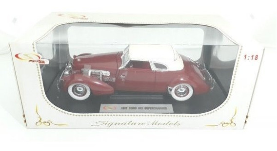 Miniatrua Carro Cord 812 Supercharged 1937 Escala 1/18