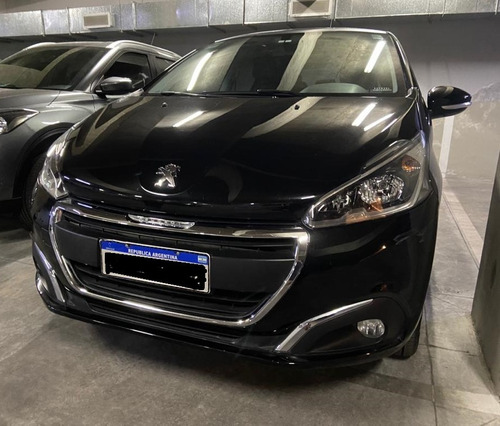 Impecable Peugeot Allure 208